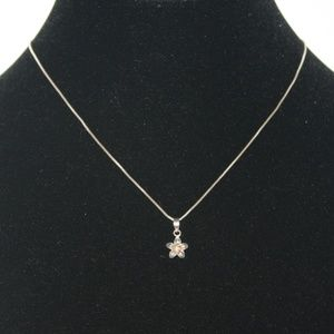 Sterling silver dainty flower necklace 17 inch box